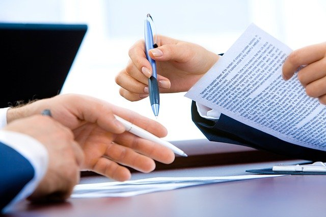 Pros and cons of electronic signature